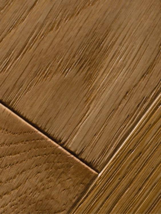 Pavimento in legno spazzolato