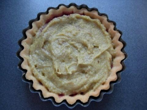 Conctrust tart - pistachio cream