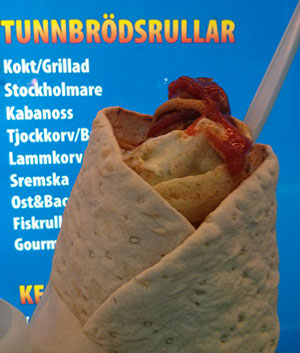 A tunnbödsrulle with chorizo and Boston pickles. Satisfying and very, very tasty.