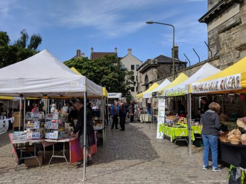 Sunhine on Leith Market.