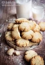 Biscuiti cu faina de cocos