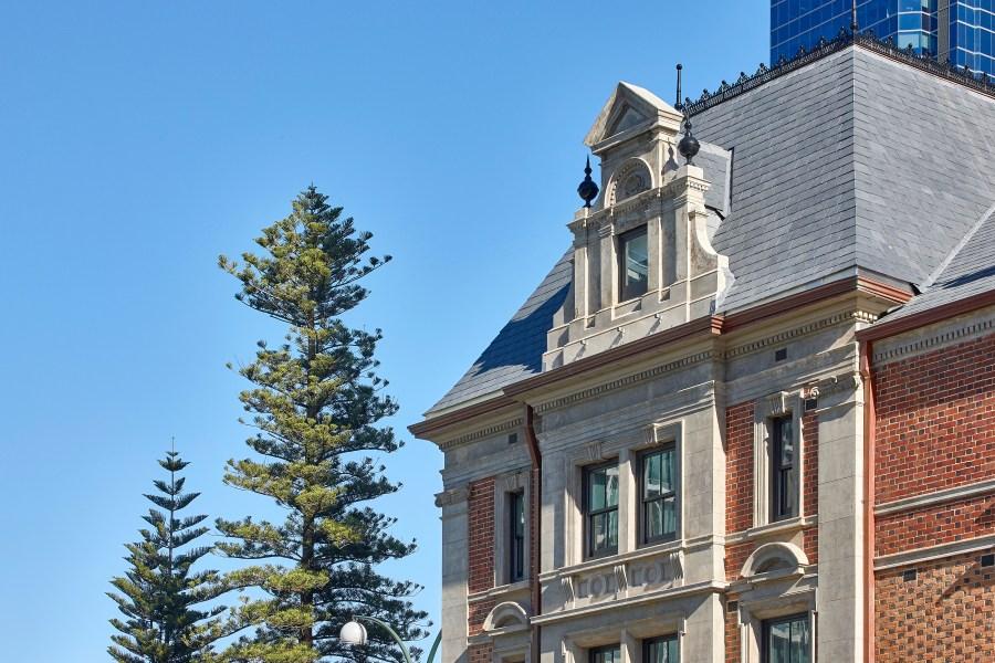 Hotel Como facade