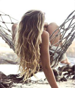 wavy hair for the beach