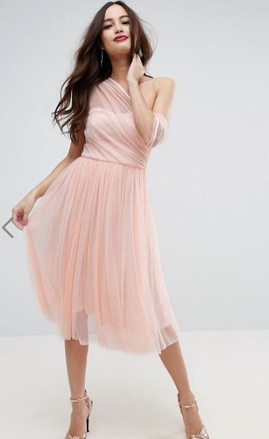 aa7b0b22b5 60 Όμορφα nude φορέματα για γάμο   βάφτιση! – Kliktv.gr