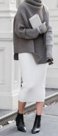 b818e14cdeb3 Πώς θα συνδυάσεις τα πουλόβερ σου με φούστες