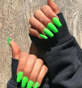 lime nail polish colour