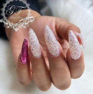 nail art me glitter