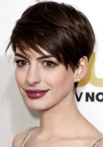 anne hathaway agore