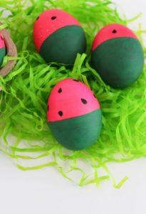 βαμμένα αυγά καρπούζι
