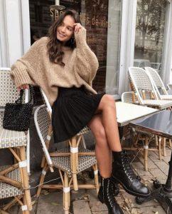 μίνι μαύρη φούστα φορέσεις αρβυλάκι