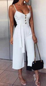 λευκή ολόσωμη φόρμα
