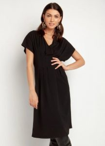 μαύρο ριχτό φόρεμα με μανίκι