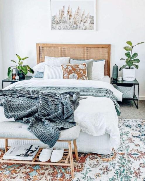 κρεβάτι καλαθέα κομοδίνο