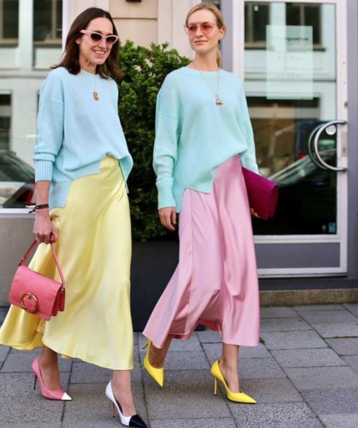 χρωματιστά ντυσίματα