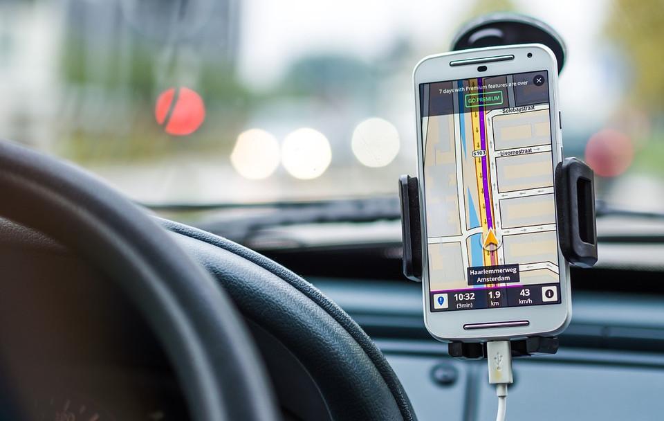Le aziende collaborano per la tecnologia di monitoraggio in cabina per la sicurezza