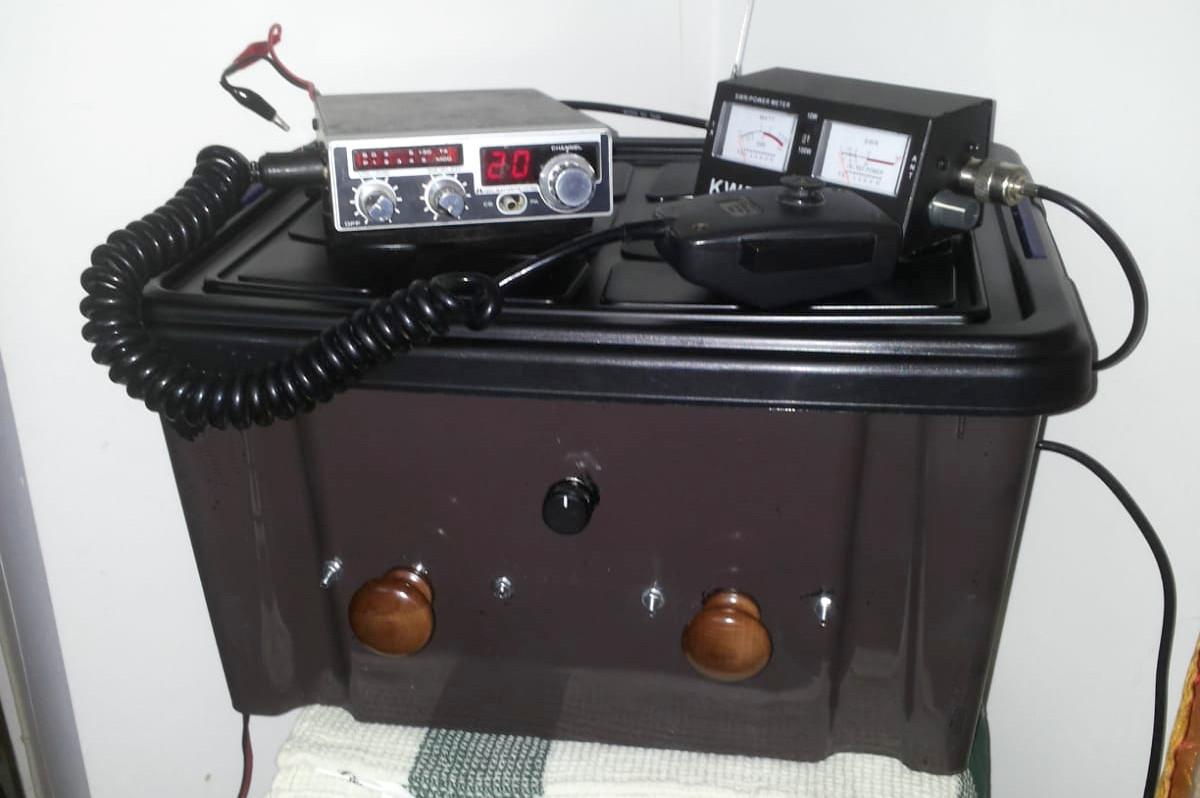 Accordatore d'antenna a Pi-Greco per CB: addio alle pericolose Onde Stazionarie