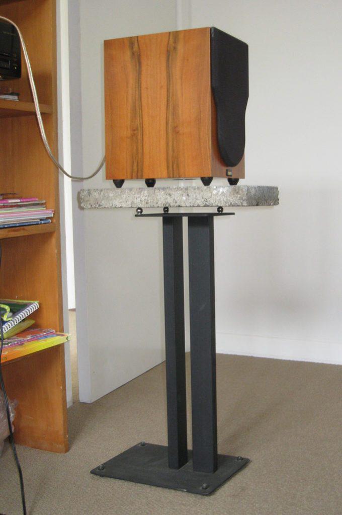 bedroom mixing speaker stand