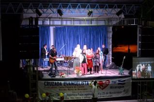 Team singing at crusade
