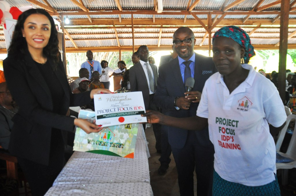 Iara Oshiomhole trains 160 IDPs on ICT, others