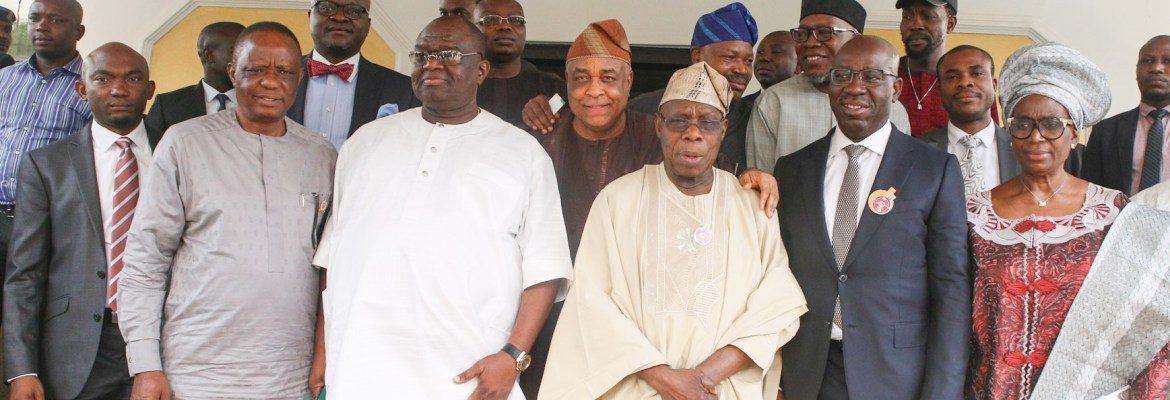 (L-R): (front row) Chief of Staff to the Governor of Edo State, Taiwo Akerele; Captain Hosa Okunbo; Senator Ehigie Uzamere; Former president, Olusegun Obasanjo; Governor of Edo State, Mr Godwin Obaseki and wife of Obasanjo, with some officials of Edo State Government, during a courtesy visit by the former president to Obaseki at the Government House, Benin City, on Monday, January 15, 2018.