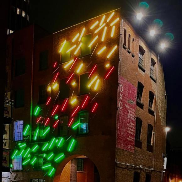 Neon Oxo