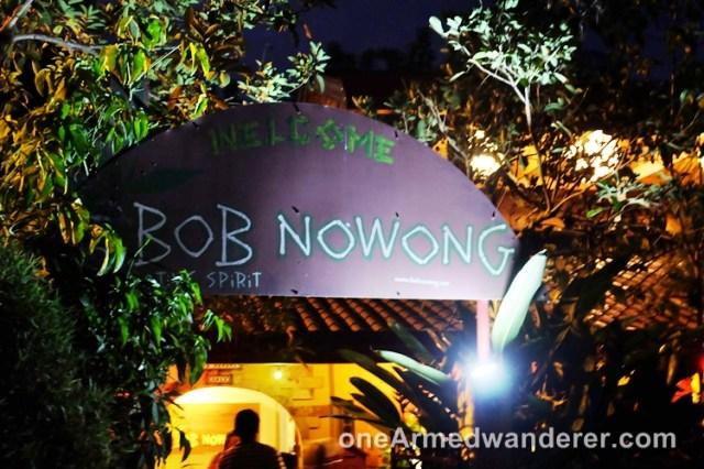 Bob Nowong entrance