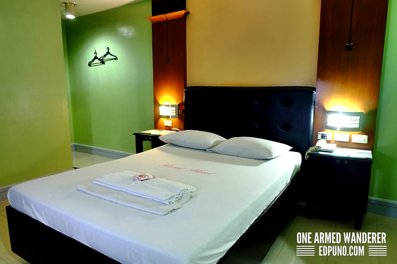 Rosal Hotel Pasig Review and Room Rates - One Armed Wanderer
