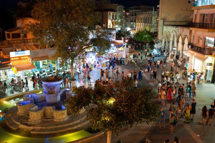 Vida noturna em Creta - Grécia