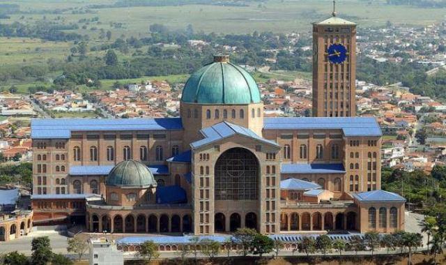 Basílica de Nuestra Señora Aparecida, Brasil