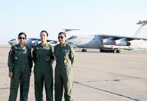 Defence Ministry to include women as fighter pilots approved