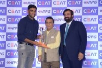 R Ashwin wins CEAT International Cricketer of the Year award 2016-17