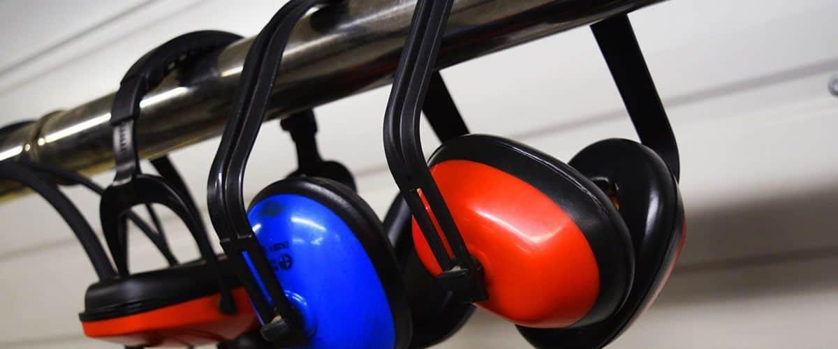 Contaminación sonora, contaminación acústica, hablar en alto, ruido