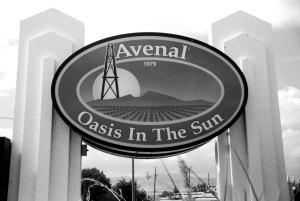 """Irónicamente, el moto de Avenal es """"Oasis bajo el sol"""" (Foto: Eduardo Stanley)"""