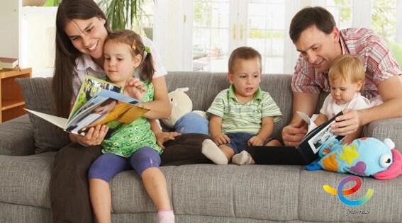 Cómo contar cuentos a los niños usando la inteligencia emocional