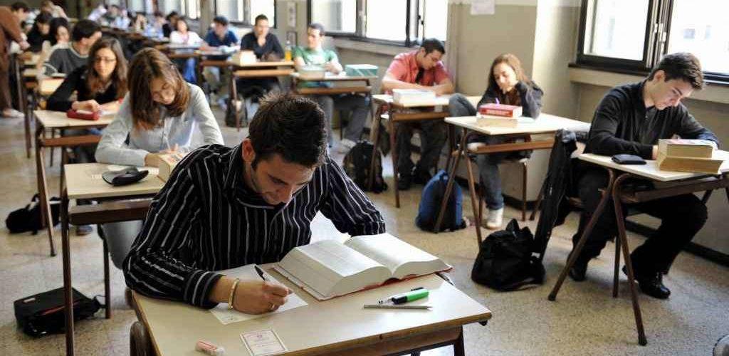 Voto maturità: come influisce sulla scelta di studiare all'estero?