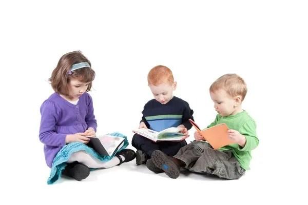 niños lectura colectiva