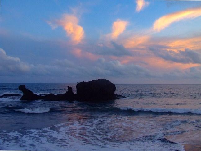 Atardecer en el Pacífico Playa de la Libertad, La Libertad, El Salvador