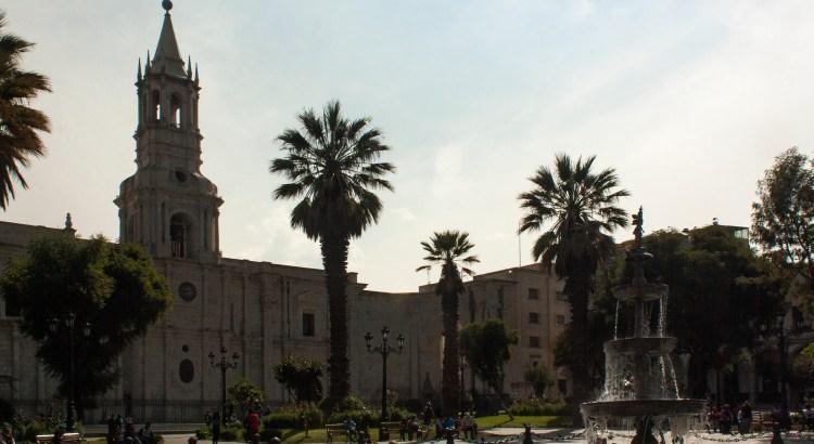 La Plaza de Armas ciudad de Arequipa, Arequipa. Perú