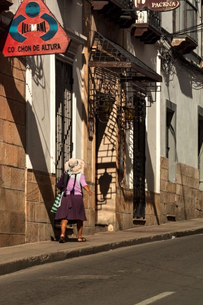 La subida de la calle Grau Sucre, Chuquisaca, Bolivia