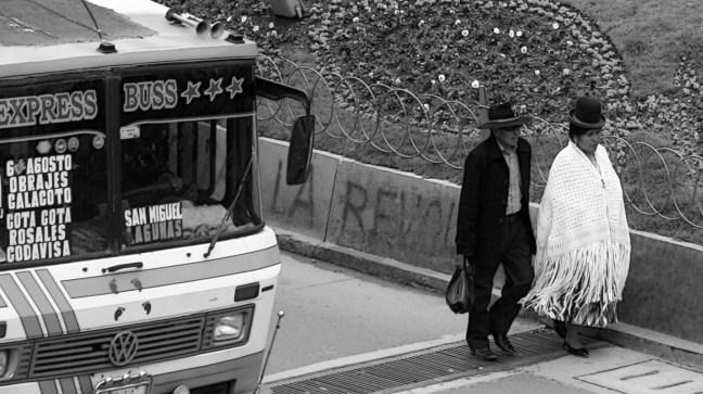 Caminando las calles ciudad de La Paz, La Paz, Bolivia