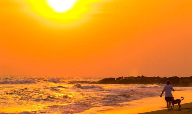 Playas de Poneloya y Las Peñitas León, Nicaragua