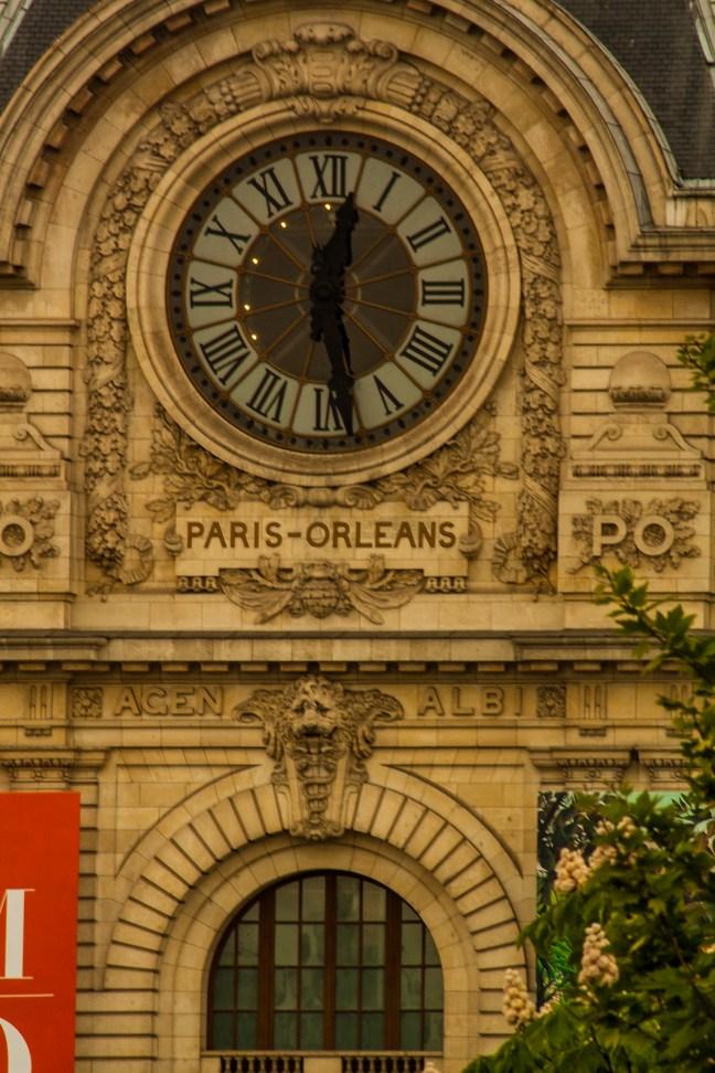 El reloj Paris, Francia