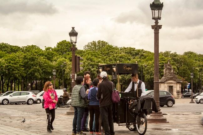 Las crepes de la avenida París, Francia