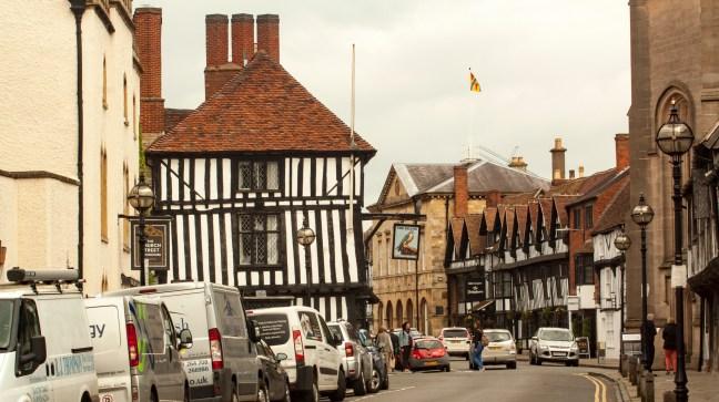 Calle del pueblo Rugby,Warwickshire, UK