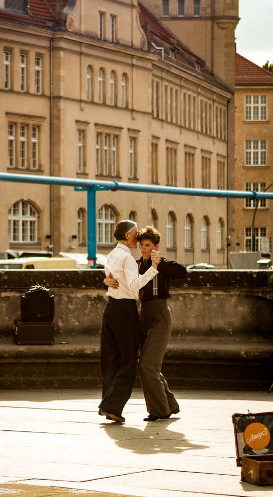 El tango callejero Calles de Berlin, Alemania