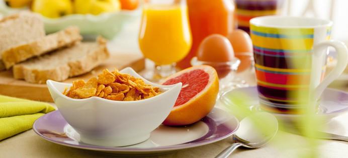 https://i2.wp.com/www.edulcorants.eu/wp-content/uploads/2014/11/petit-dejeuner-equilibre-familles-alimentaires-692x315.jpg
