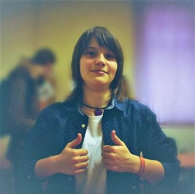 O elevă de 17 ani din Satu Mare a dat #foaiagoală la simulare, dar a scris 6 pagini de nemulțumiri și revendicări