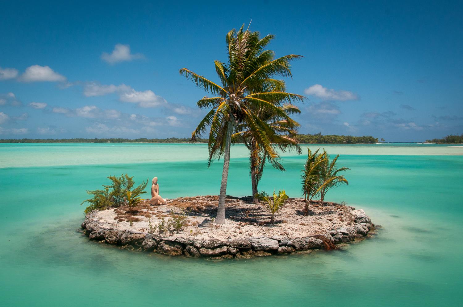 Tiny Island In Bora