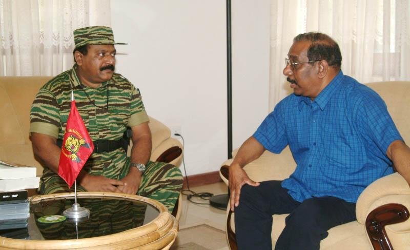 https://i2.wp.com/www.eelamview.com/wp-content/uploads/2012/12/Mr.-Anton-Balasingham-meets-Mr.-V.-Pirapaharan.jpg