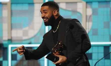 "Drake Shows Off New Private Plane ""Air Drake"""